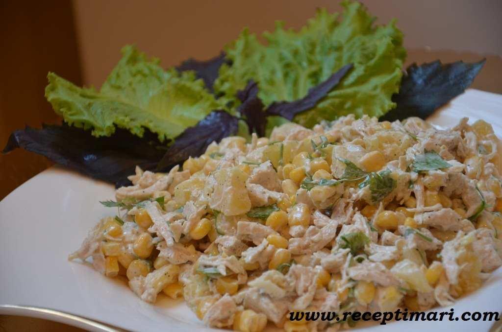 салат с курицей и ананасами простой