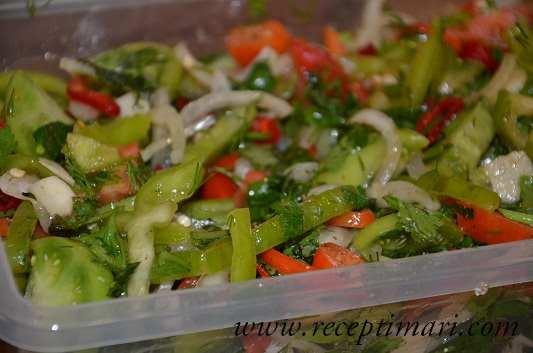 салат из зеленых помидор