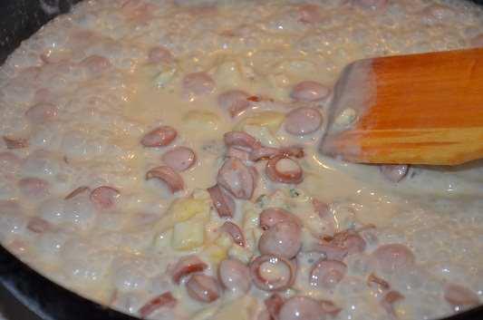 паста под сливочным соусом