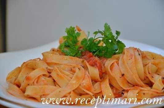 Рецепт пасты с томатным соусом фото