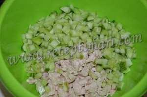 Салат курица огурец и грецкий орех-1