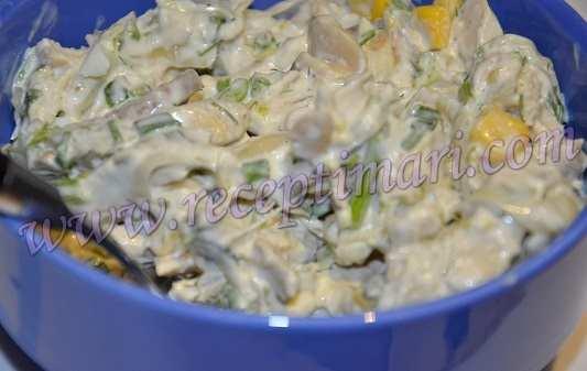 салат из курицы кукурузы и яиц