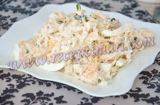 салат из курицы яиц и кукурузы