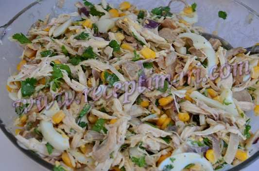 салат из курицы с яйцами