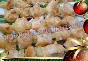 Рецепт грудок в духовке с ананасами