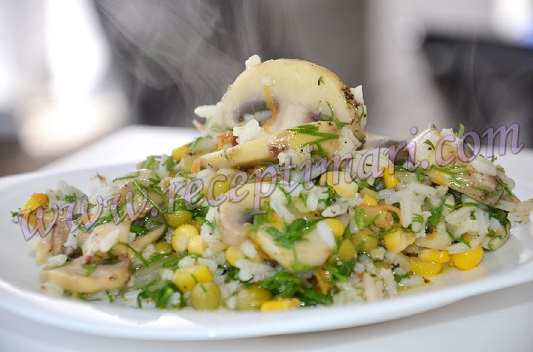 Рис с кукурузой и горошком