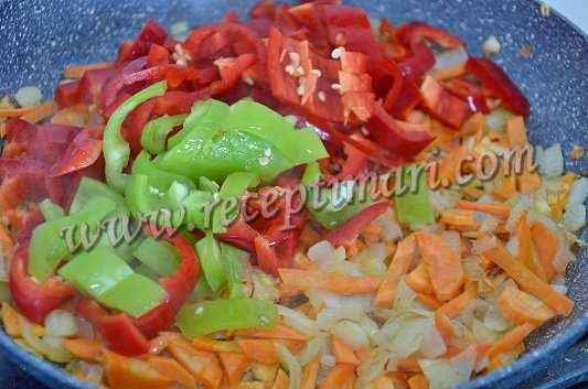 лук, морковь, болгарский перец потушить