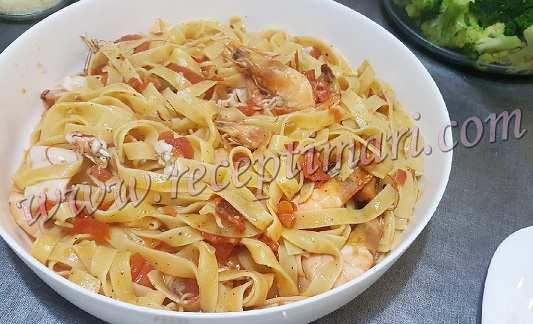 Паста с морепродуктами по-итальянски