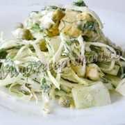 салат с огурцом яйцом и капустой