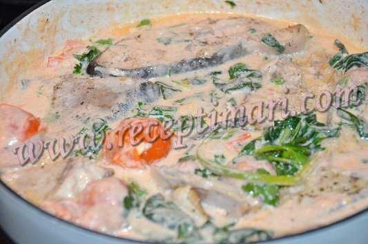 переложить рыбу в соус