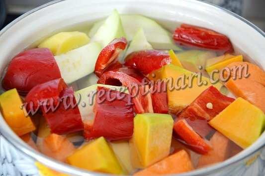 овощи для супа из тыквы  и кабачка
