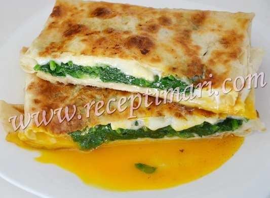 рецепт шпинат с яйцом в лаваше