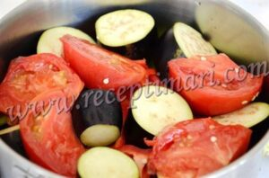 добавим овощи к мясу