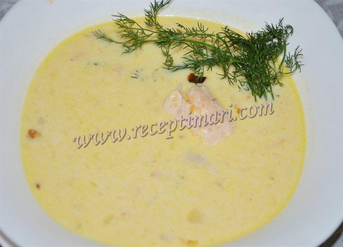 Сливочный суп из лосося , семги или форели
