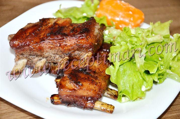 Свиные ребра на сковороде