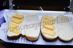 булочка с сыром
